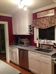 Ice White Shaker Cabinets By Kitchen Cabinet Kings Note The Crown - Kitchen cabinet kings