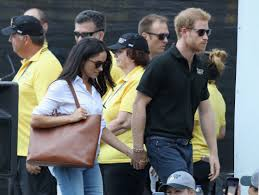 meghan markle u0027s go to bag is super affordable and here u0027s where to