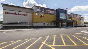 marcus theatres plans bistroplex at brookfield square milwaukee