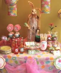 fresh easter decorations for a table 10110