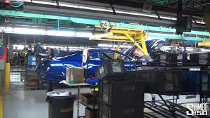 ford mustang assembly plant tour tour of the ford mustang factory flat rock plant detroit