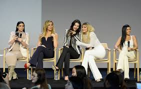 Apple Store Paris by Kardashians Jenners At Apple Store App Launch Fortune Com