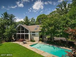 edgewater wow house 1 85m buys frank lloyd wright style on