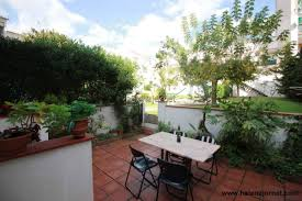 02913 sant feliu guixols row house with courtyard and
