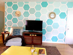 Accent Wall by Remodelaholic Diy Ombre Painted Hexagon Accent Wall