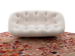 canapé ploum prix ligne roset s offre une nouvelle boutique en 4 dimensions