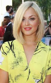 hairstyles that compliment a long face short bob hairstyles bob haircuts to flatter everyone short
