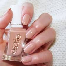 essie gel couture fashion show nail polish in 1038 at the barre