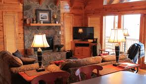 Painting Interior Log Cabin Walls by Angels Rest Cabin Rental Inside Photos