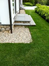 House Landscaping Gravel Around The Foundation For Drainage Plant Shrubs Along To
