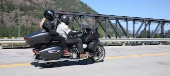 2018 yamaha star venture luxury tourer motorcycle review cycle world