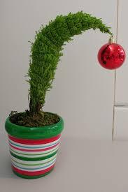 a grinch style christmas tree mildlyinteresting