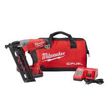 amazon milwaukee m18 black friday deals milwaukee m18 fuel 18v 16 gauge angled finish nailer kit