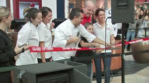 cake boss u0027 bakery opens doors in the woodlands abc13 com