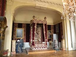 chambre de louis xiv château de maisons laffitte chambre du roi lit à l italienne