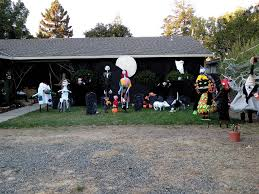 How Do You Decorate How Do You Decorate The Outside Of Your Actual House For Halloween
