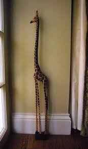 95cm giraffe on plinth out of africa gifts