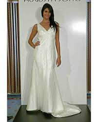 augusta jones bridal augusta jones 2009 bridal collection martha stewart weddings