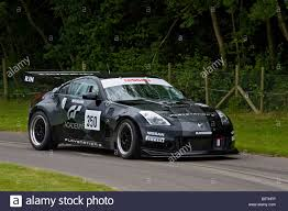 nissan 350z used uk 2004 nissan 350z gt4 with driver carlos tavares at goodwood