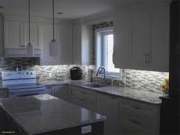 dosseret cuisine mosaique cuisine élégant cuisine en polyester ptoir de quartz avec