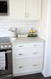 Tile For Kitchen Countertops by Best 25 Subway Tile Backsplash Ideas Only On Pinterest White
