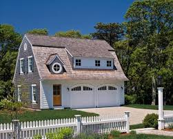 gambrel roof garages 18 best gambrel roof garage apartments images on pinterest