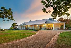 Modern Farmhouse Ranch Green Acres In Australia Driveways House And Exterior
