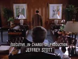 George Costanza Under Desk Seinfeld U0027s Greatest George Steinbrenner Moments