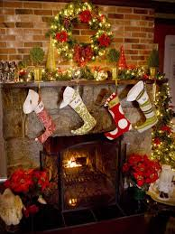 Images Of Mantels Decorated For Christmas 27 Inspiring Christmas Fireplace Mantel Decoration Ideas Digsdigs