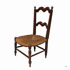 assise de chaise en paille chaise en paille et bois repeinte en blanc avec assise renover