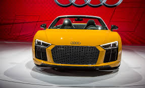 Audi R8 Spyder - 2017 audi r8 spyder pictures photo gallery car and driver