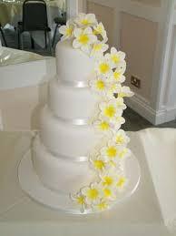 best 25 yellow round wedding cakes ideas on pinterest yellow
