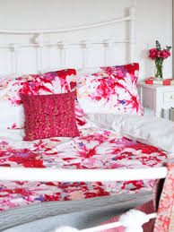 Bed Linen Decorating Ideas Beautiful Bed Linens Spring Colours Bedroom Decor Ideas
