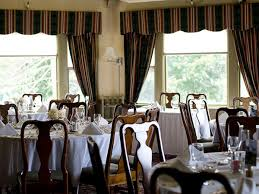 Harraseeket Inn Maine Dining Room Dine Out On Thanksgiving Day At These 20 Maine Restaurants