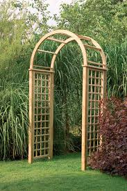 Trellis Arches Garden Florence Arch This Quality Garden Arch Features A High Curved