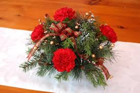 How To Make Flower Arra How To Make A Holiday Flower Arrangement With Real And Faux