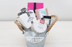 Pamper Gift Basket Valentine U0027s Day Romance Gifts Love Baskets And Hampers The