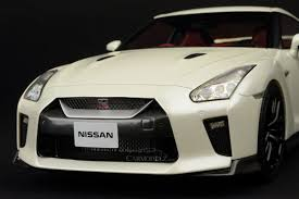 nissan gtr with your coin money tarmac works 1 18 nissan gt r r35 2017 brilliant white t11 bw ebay