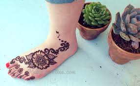 henna tattoos on foot henna tattoo artist kelly caroline