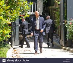 clinton residence united states secret service agents at the clinton home in stock