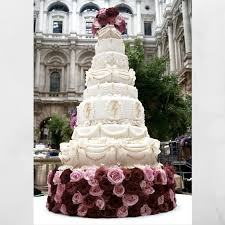 big wedding cakes wedding cake wedding cakes big wedding cake fresh big cupcake