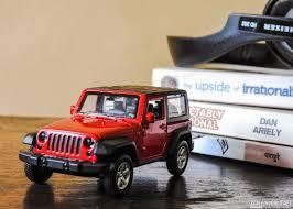 toy jeep wrangler 4 door 1 38 jeep wrangler scaledworld