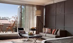 interior desigen hotel bellagio suite las vegas room bedroom bed