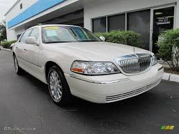 Lincoln Town Car Pictures 2007 Lincoln Town Car Information And Photos Momentcar