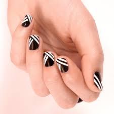 monochrome nail art how to