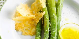 cuisine asperges vertes asperges vertes vapeur facile recette sur cuisine actuelle