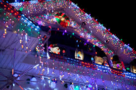 14 incredible holiday light displays mental floss
