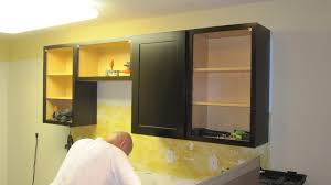 installing kitchen cabinets playuna
