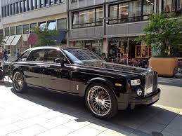 roll royce vorsteiner rolls royce phantom with 24 u0027 u0027 chrome wheels startup and