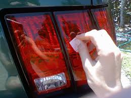 why do cops touch tail lights why do police officers tap your tail lights when you get pulled over